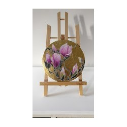 Circle of flowers - magnolia